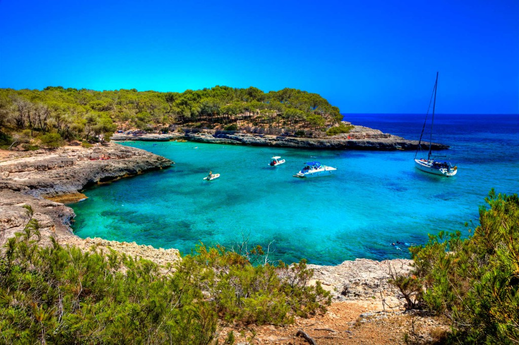Туры в Испанию: экскурсии и пляжный отдых